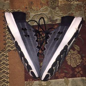Under Armour Shoes - Under Armour Speedform velocity shoes
